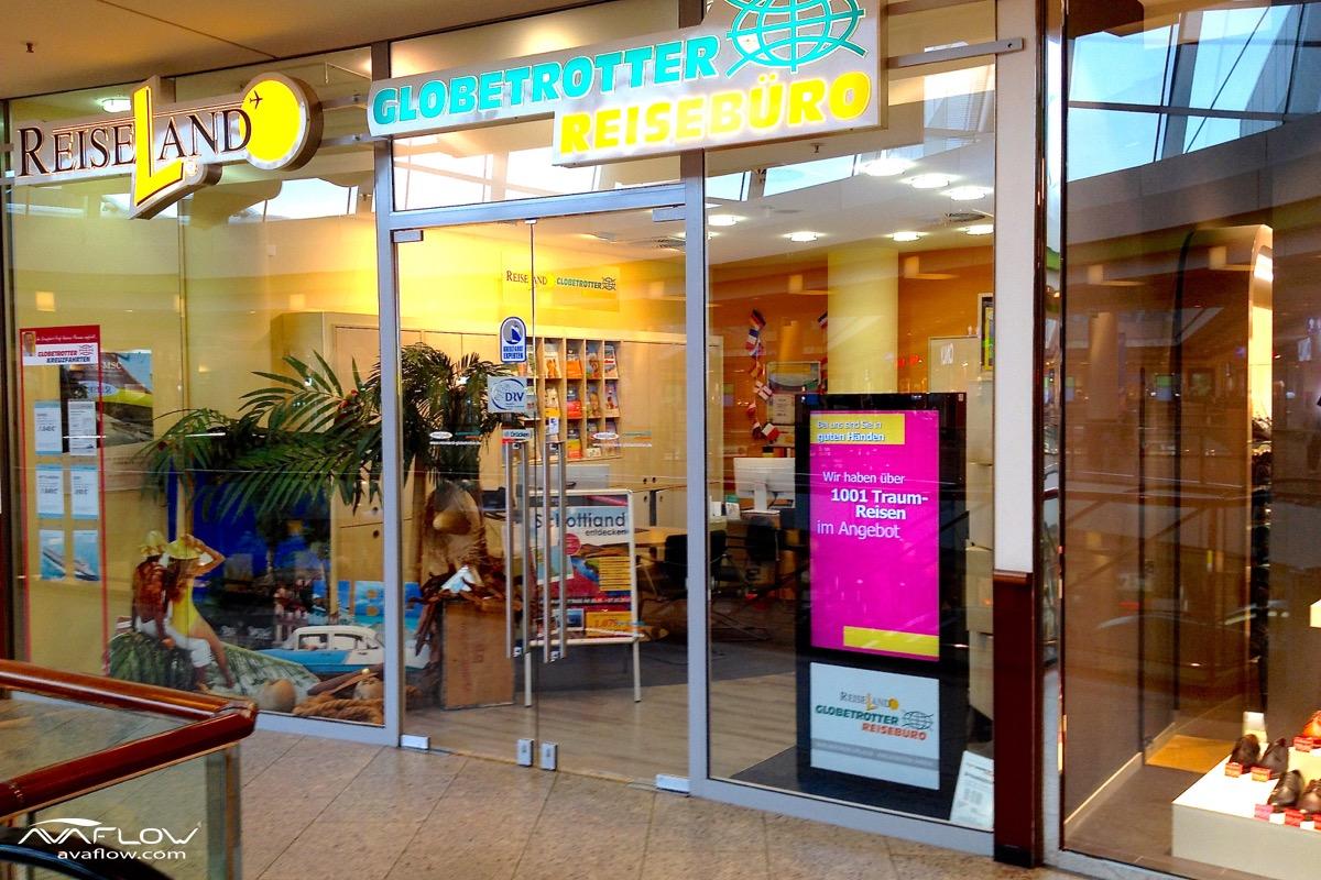 tolle Reiseangebote über e-Plakat bei Globetrotter im Phoenix-Center Hamburg